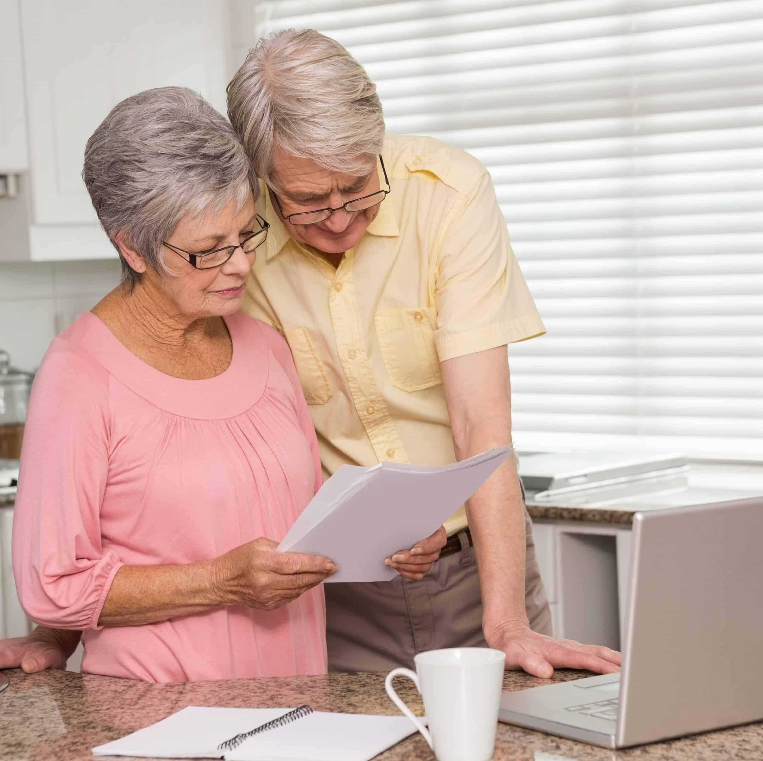 couple-paperwork